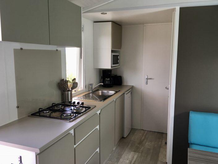 camping Domaine de Laneros cuisine mobil home