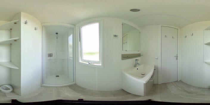 Camping Domaine de Laneros salle de bain mobil home