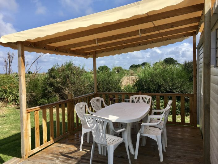 camping Domaine de Laneros terrasse mobil home